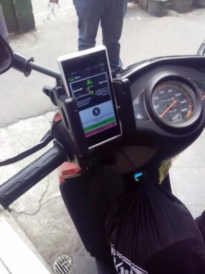 Holder HandPhone tempat dudukan HP dan Dudukan HP Di Sepeda