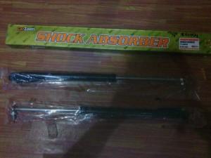 Shock Bagasi/Skok Bagasi/Skok Pintu Bagasi Avanza