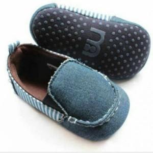 Jual Sepatu prewalker bayi laki-laki Mothercare biru klasik - NEW ... 1574d2290c