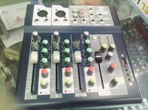 mixer audio mini nVk 4ch effect + usb