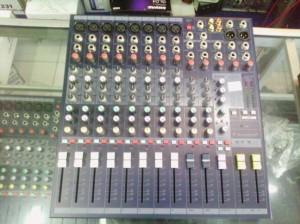 Mixer audio soundcraft efx 8