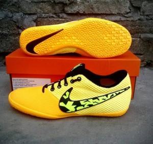 harga Sepatu futsal nike elastico pro III laser orange original asli murah Tokopedia.com