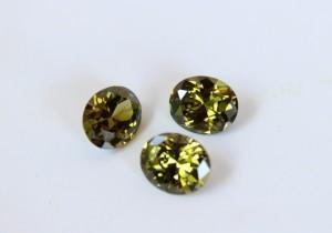 harga Batu Permata / Diamond Cutting Hijau Lumut 10z12mm Tokopedia.com