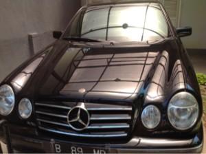 Mercedes Benz Seri E 230