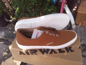 Sepatu Casual Sneakers AIRWALK COLE Brown Original