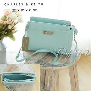 Tas Charles and keith 44 Tosca