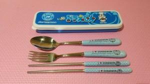 Sendok Hellokitty / Sendok Doraemon / Sendok set karakter