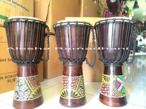 harga DJEMBE/JIMBE/KENDANG AFRICA UK:50CM Tokopedia.com