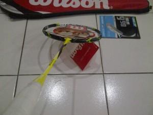 Raket tenis Wilson k factor kuning bonus++ (tas, grip dan senar)