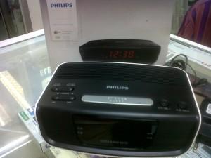 harga radio jam alarm weker philips AJ3123/philips digital alarm clock radio Tokopedia.com