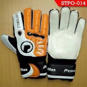 sarung tangan kiper penalty casilas