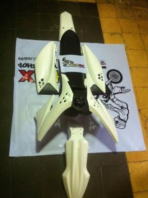 harga Body Set KLX 150 Plus Jok dan Tangki Rangka Tunggal Tokopedia.com