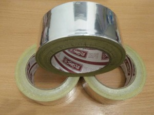 isolasi aluminium tape 1 Roll (aluminium foil, lem panci)