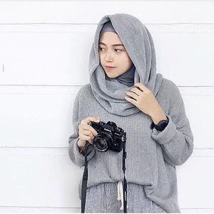boxy sweater grey