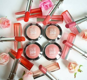 ... Studio Cheeky Glow in Wooden Rose Source Maybelline color show blush