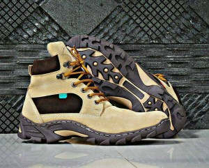 Sepatu Treking Boot Gunung Hiking Adventure Pria By Kickers