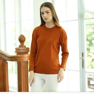 loose sweater caramel