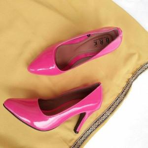pink fusia glosy stilletos