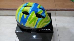 Helm sepeda anak.merk Polygon