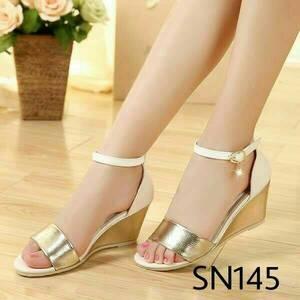 Sandal Sepatu Wedges Wanita Glossy Gold Cream 4f5da71e50