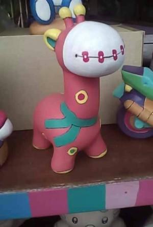 Jual Mainan Edukasi Unik Mewarnai Patung Celengan Keramik Jerapah Foto