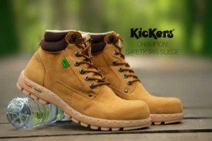 Kickers Boot Safety Tan Sepatu Boot Pria Pake besi Bagus dan Murah