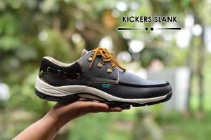 sepatu kicker slank