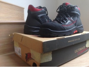 harga Safety shoes Aetos Krypton Ukuran 9. Bekas 99% Tokopedia.com