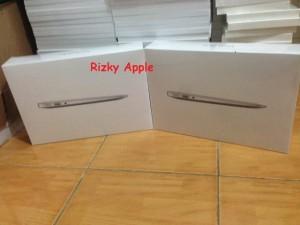 Ready Stock BNIB Macbook Air 11
