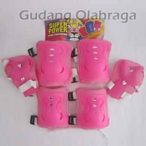 Pelindung Lutut dan Tangan / Deker Sepatu Roda Pink