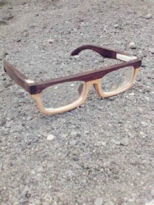harga kacamata kayu rosewood vs maple Tokopedia.com