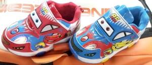 harga sepatu lampu nyala anak bayi baby MCqueen light shoes CARS mc queen Tokopedia.com