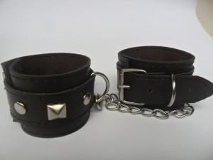 harga Legcuffs love/ borgol kaki bdsm Tokopedia.com