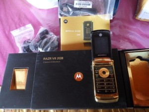 Motorola RAZR V8 2GB rere item