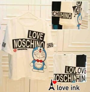 Kaos Atasan Doraemon White Love Moschino big Fit to XXL