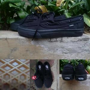 ff7ce6ec42 all black vans zapato   Come and stroll!