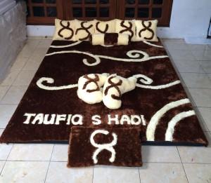 Karpet Set Karakter Batik