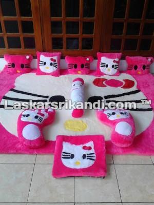 Karpet fullset Karakter Kepala Hello Kitty