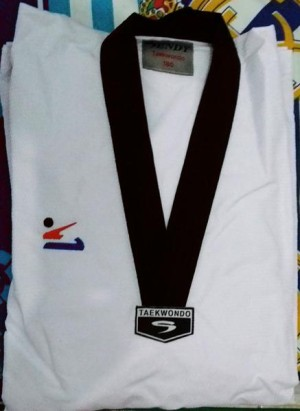 Dobok (Baju Taekwondo) Sendy Fighter Diamond one