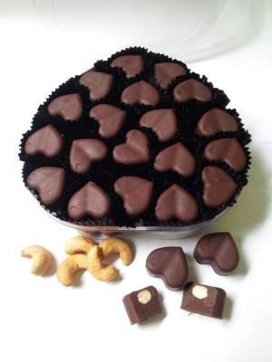 Pralin Coklat Isi Mete 0,25 kg Sarah Bakery, Dijamin Lezat Banget