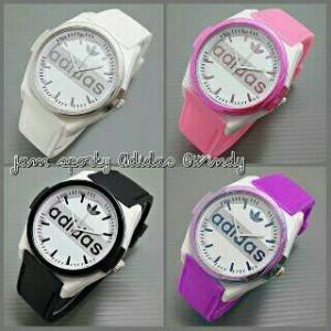 Jam Tangan Wanita Sport Full Colour8 - Daftar Harga Terkini dan ... e4e3ba7335