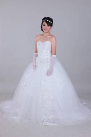 wedding gown tile v
