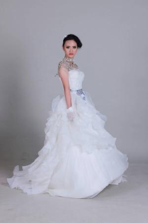 wedding dress pita abu