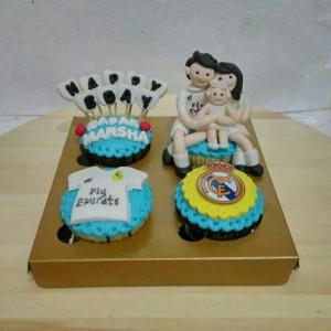 Cupcake Birthday Tema Club Bola Real Madrid Kue Ultah Suami