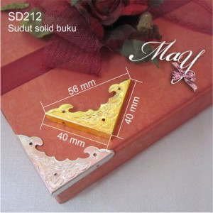 Ornamen Sudut box/kotak emas. SD212