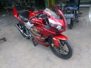 Full Fairing Ducati untuk Byson Red Minimalist Art