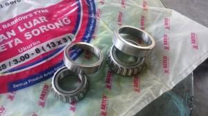 komstir/ cones steer/ bearing steerer HONDA CBR 250/400/600/1000