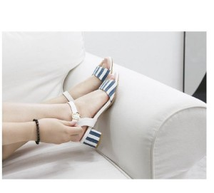 Sepatu Wanita Wedges Tahu Biru Putih