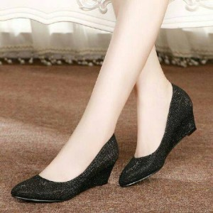 Sepatu Wanita Wedges Pantovel Glitter Dubai Hitam