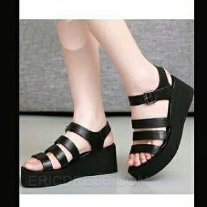 Sepatu Wanita No. 39 Wedges Hitam Ht 11